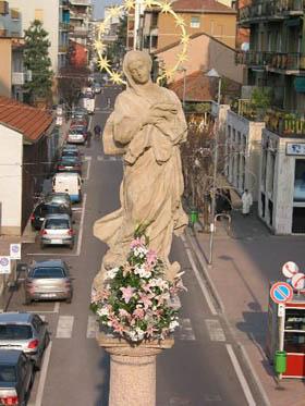 """La statua della Madonna Immacolata detta """"La Castela"""""""