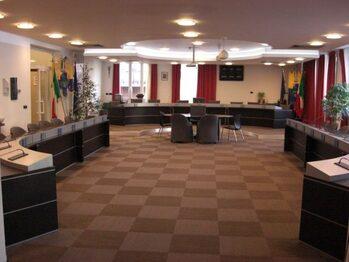 interno sala consiliare ristrutturata